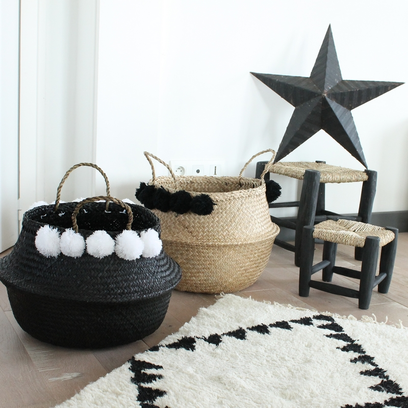 Petit tabouret marocain noir beldi traditionnel le joli shop for Panier basket chambre