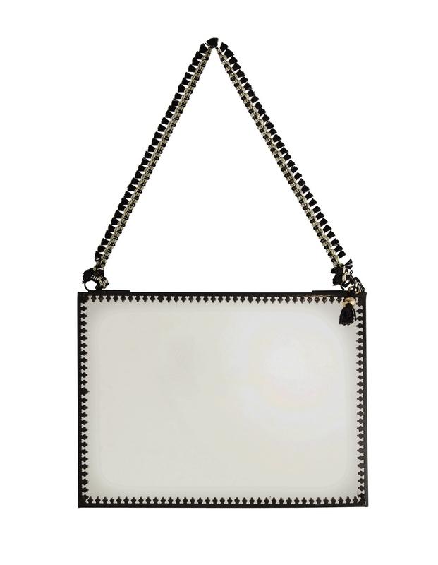 Miroir boh me noir avec pompon horizontal madam stoltz for Miroir boheme