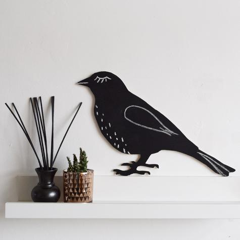 bird-chalk-board-on-chelf