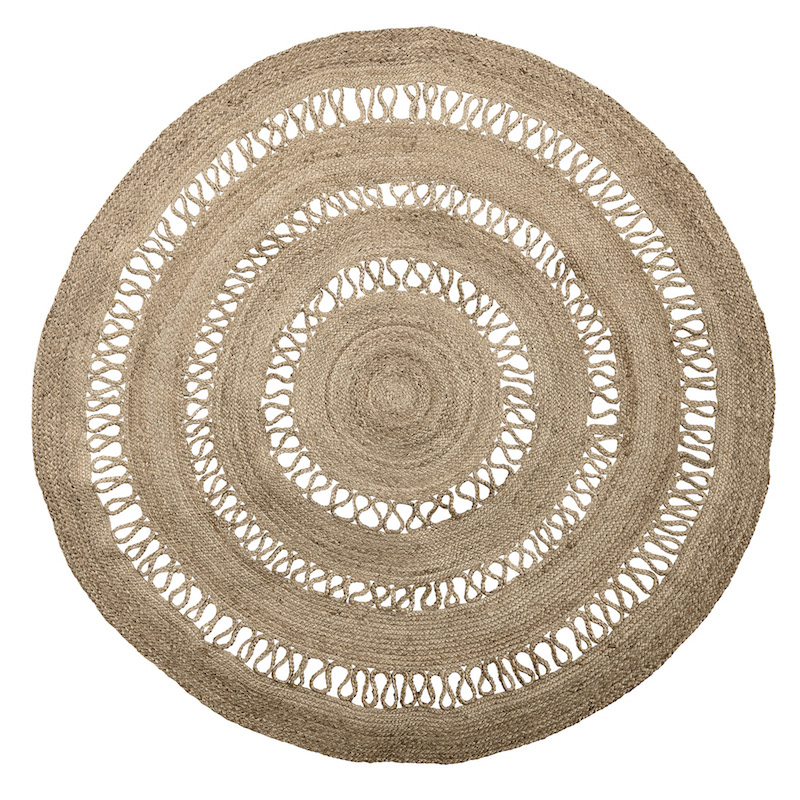 grand tapis rond en jute ajour bloomingville le joli shop. Black Bedroom Furniture Sets. Home Design Ideas