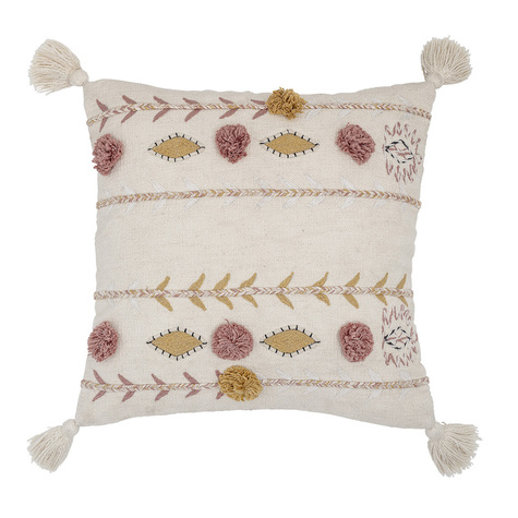 coussin-pompons-bloomingville