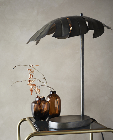 lampe-de-table-feuille-en-metal-madam-stoltz